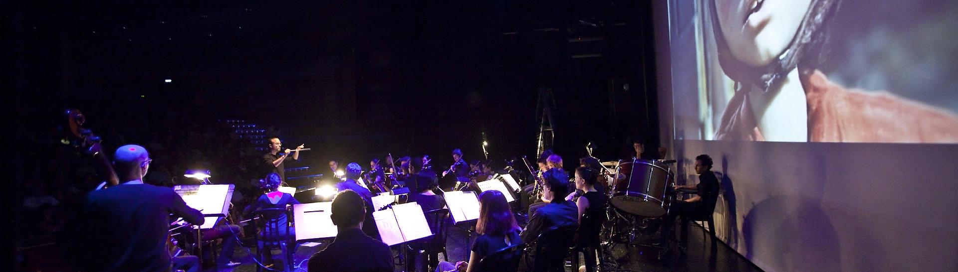 התזמורת חיה בסרט- תזמורת המהפכה