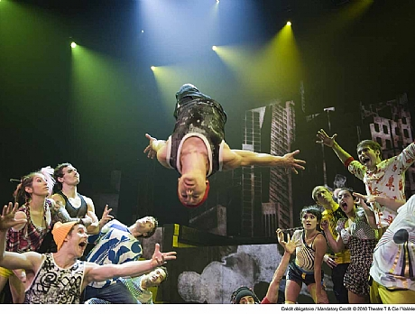Cirque Éloize- ID (Canada)