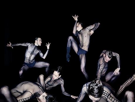 Dresden-Frankfurt Dance Company01