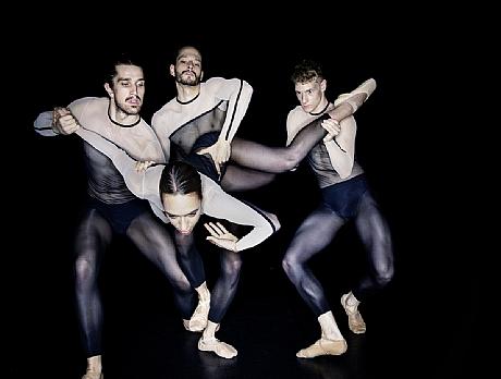 Dresden-Frankfurt Dance Company03