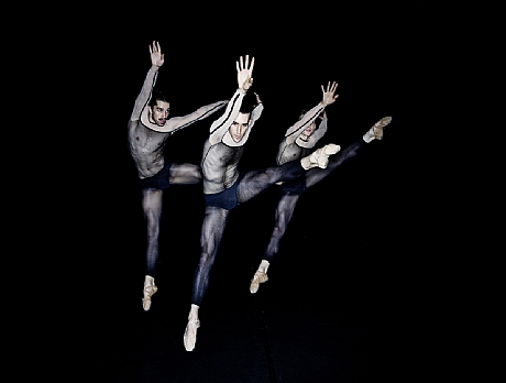 Dresden-Frankfurt Dance Company04